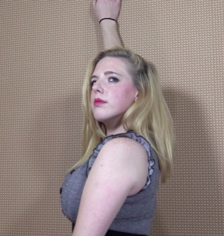 beautiful pose before her female head shave